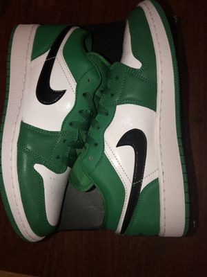 Jordan 1 Low Pine Green GS for Sale in Beaumont, TX