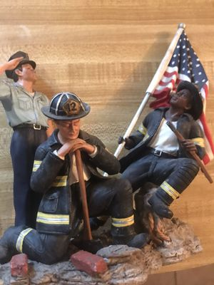 09/11 Home interior resin statue stands about 7 inches for Sale in Houston, TX