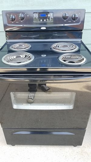 Whirlpool appliances stove ,dishwasher and oven for Sale in Dallas, TX