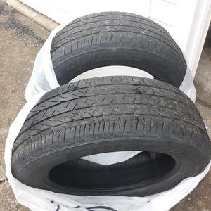 2 Bridgestone Tires 225 60 18 for Sale in Sunbury, PA
