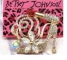 Betsey Johnson High Heel Gemstone Brooch 3 inch for Sale in Macedonia,  OH