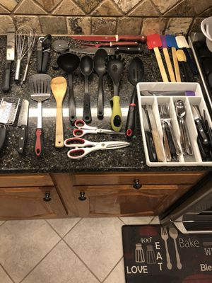 Kitchen utensils $25 all for Sale in Fort Worth, TX