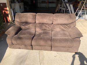 Recliner sofa for Sale in Modesto, CA
