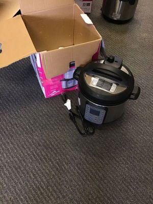 Instant pot ultra autocuiseur multifonction programmable 7 in 1 8quart for Sale in Allen Park, MI