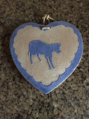 Hanging heart shaped cow trivet for Sale in Stockton, CA