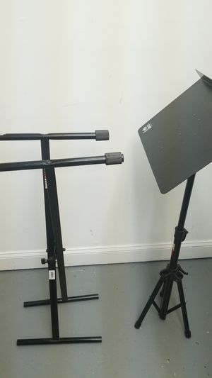 Proline Keyboard and Music Stand for Sale in Atlanta, GA