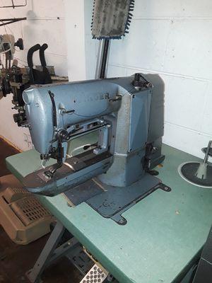 SINGER 269W41 BAR TACKER INDUSTRIAL SEWING MACHINE. for Sale in Virginia Beach, VA