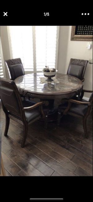 Kitchen table or dining for Sale in Poway, CA