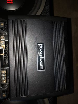 Power pass 2 12s with 2 amps power bass amp 800 watts planet audio amp 1000 Watts need g1 ASAP the 12 are new just got them number for Sale in Henrico, VA