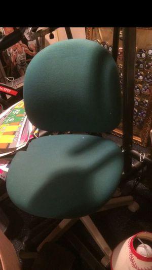 Rollie Desk Chair FREE for Sale in Cranston, RI