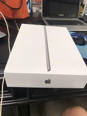 iPad 6th gen 128g for Sale in Virginia Beach, VA