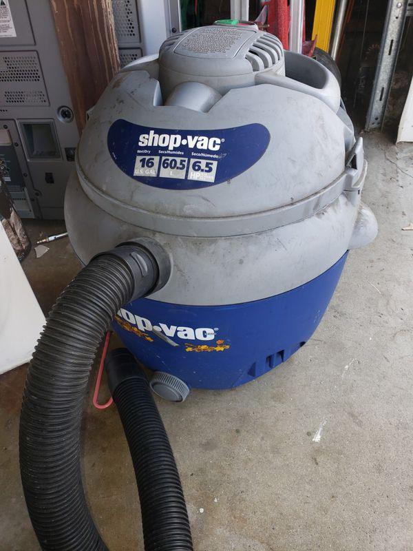 Shop vacuum