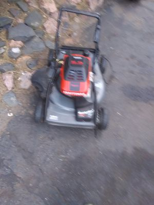 Craftsman 5.5 selfperpeled lawnmower with 2 bags for Sale in Lakewood, CO