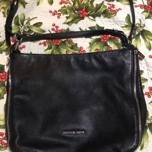 Micheal Kors purse for Sale in Yukon, OK