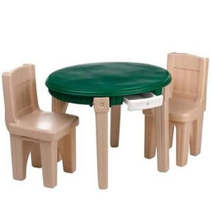 Kids step 2 Lifestyle dining table & chairs for Sale in Irwin, PA