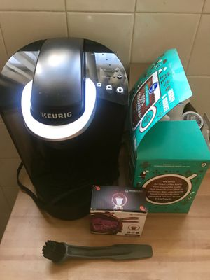 Keurig and coffee for Sale in Denver, CO