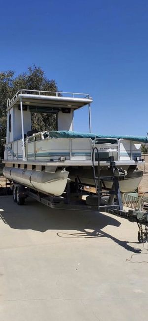 Pontoon boat 30FT for Sale in Menifee, CA