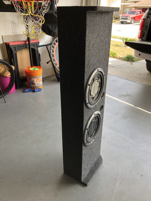 2 Pioneer 10s sub woofers in a enclosure box