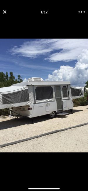 Travel trailer camper for Sale in Hialeah, FL