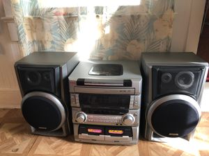 Aiwa stereo system!! Works perfect an super loud for Sale in Vero Beach, FL
