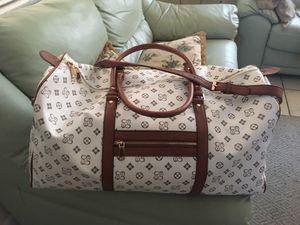 duffle bag for Sale in St. Petersburg, FL