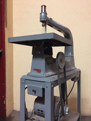 Sears vintage scroll saw. Woodworking tool. 103.0407 for Sale in Portland, OR