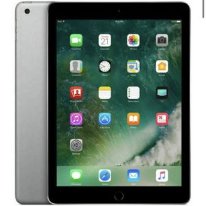 IPAD 9.7-INCH 5TH GEN (MARCH 2017) 32GB - SPACE GRAY - (WI-FI) for Sale in New York, NY