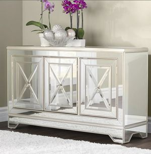 Stunning Mirrored Sideboard / Cabinet for Sale in Downers Grove, IL
