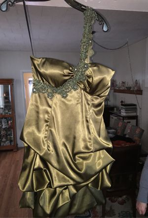 Prom dress for Sale in Bethlehem, PA