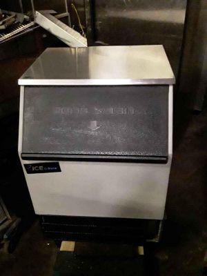 Ice machine for Sale in Chicago, IL