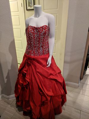 Red quinceanera dress... Size 10 for Sale in Leander, TX