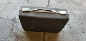 Suitcase for Sale in Hutchinson, KS
