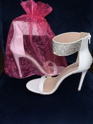 White Heels Size 7 1/2 for Sale in Frederick, MD