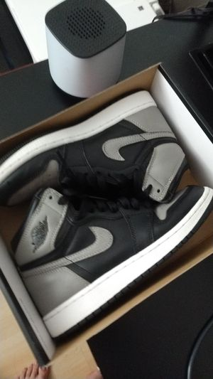 Jordan size 4.5 y for Sale in Corona, CA