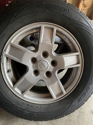 Stock Jeep Grand Cherokee wheels for Sale in Redford Charter Township, MI