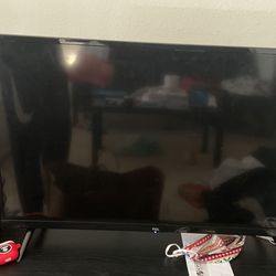 TCL ROKU TV for Sale in Irvine,  CA