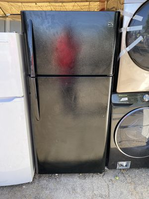 Black Kenmore Top Freezer For Only $399 for Sale in Irvine, CA