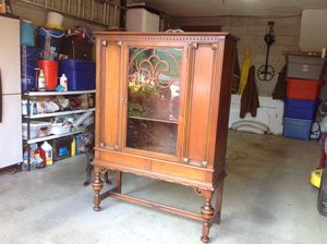 Antique china cabinet/ hutch for Sale in Greensburg, PA