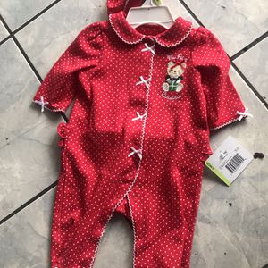 Little Me Holiday Bear Footie & Hat Set - My First Christmas - 3 Months for Sale in Hawthorne, CA