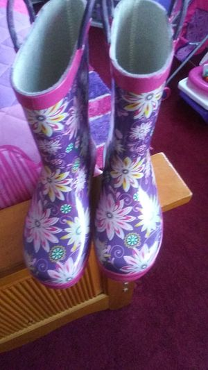 Rain boots for Sale in Pittsburgh, PA