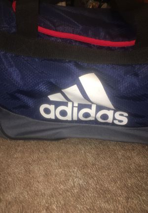 Adidas Duffle bag for Sale in Long Beach, CA