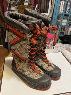 NIB Coach snow Boots for Sale in Los Angeles,  CA