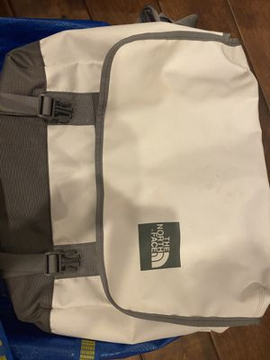 Northface messenger bag for Sale in Renton, WA