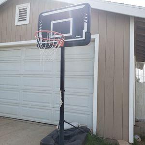 Free basketball hoop for Sale in Calimesa, CA