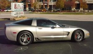Chevy Corvette C5 2000 has all the bells and whistles everything from a 342 gear to Lv 5 race trans 3600 stall cold air intake for Sale in Orland Hills, IL