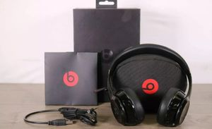 Beats by Dr. Dre Solo 3 Wireless On-Ear Headphones Black A1796 for Sale in San Diego, CA
