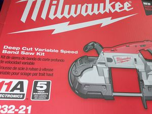 Brand new milwaukee band saw kit for Sale in Columbus, OH