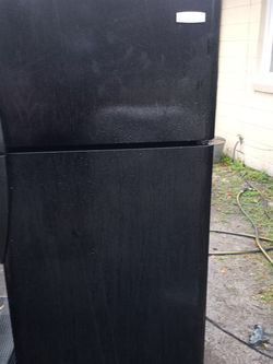 Fridge and Stove Combo for Sale in Thomasville,  GA