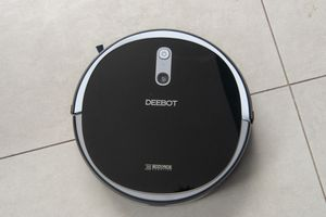 ECOVAC DEEBOT 711 for Sale in South Gate, CA
