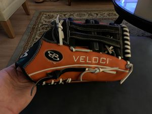 Boombah Veloci slow pitch softball glove. RHT for Sale in Goodyear, AZ